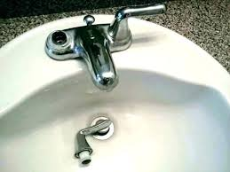 replace bathroom sink faucet installing bathroom sink faucet removing bathroom faucet replacing bathroom faucet e sink