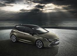2020 Toyota Corolla - Hybrid, Automakers Influence Journalist and ...