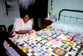African-American Quiltmakers in North Louisiana: A Photographic Essay & Rosie Lee Allen quilting. Traditional ... Adamdwight.com