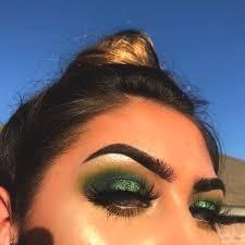 makeup ideas green eyeshadow min