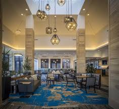 a restaurant or other place to eat at hilton garden inn pittsburgh airport