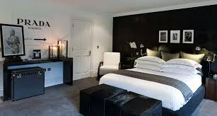 Black And White Bedroom Ideas For Young Adults 3