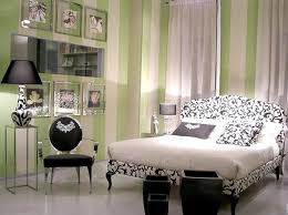 Small Bedroom Ceiling Fan Accent Chair To Look Bigger Small Bedrooms Decorating Ideas Brown