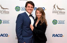 Her heart bloomed sunflowers so she would always face the light. Bindi Irwin Marries At Australia Zoo With No Guests Due To Coronavirus Pandemic