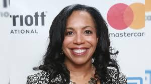 Wanda Bryant Hope Shares Her Best Piece of Career Advice - YouTube