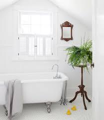 images of white bathrooms. images of white bathrooms r