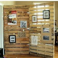 wooden pallet wall decor here an other most elegant divider which you can see in above wooden pallet wall decor