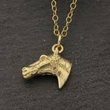 horse head necklace in solid gold