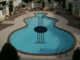 Summery Swimming Pools with the Most Unusual Shapes