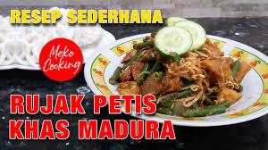 Video cara membuat resep rujak petis khas madura (jawa timur) yang khas dan nikmat. Resep Rujak Petis Madura Ala Meko Cooking Youtube