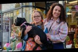 Bbc reveals first look at tracy beaker and her daughter in new cbbc series. Tracy Beaker Cast Who Is In The Cast Of My Mum Tracy Beaker Characters Return For Sequel The Great Celebrity