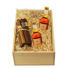 mini hennessy cognac gift set with cigars