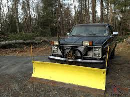 chevy blazer...k5 plow truck with 84 gmc parts truck