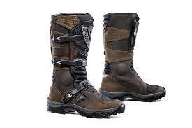10 best adventure motorcycle boots of