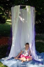 hula hoop hideout tent via kidsomania