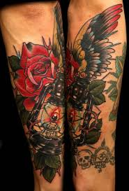 Red Roses Lamp Tattoo On Leg