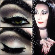 morticia addams makeup inspired look ricepaper all over with copperplate in the crease