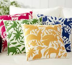 FABULOUS OUTDOOR PILLOWS CHOOSING THE PERFECT PILLOWS AND CARING