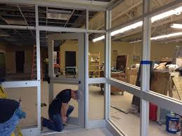window glass replacement commercial glass custom mirrors glass cutting service glass shower doors albany ny dave s glass co 518 703 8904
