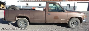 1994 Chevrolet C2500 pickup truck | Item J8556 | Wednesday D...