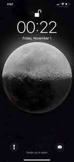 HD Moon wallpaper on iPhone 11 Pro Max ...