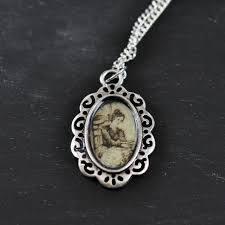 diy victorian pendant with dimensional