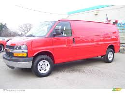 2010 Victory Red Chevrolet Express 2500 Moving Van #22048950 ...