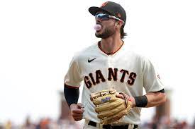 SF Giants' Kris Bryant removed after ...