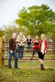 Gone Country {Austin Family Portraits