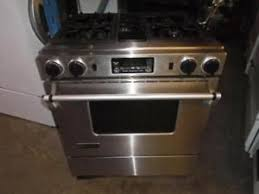 jenn air downdraft gas range. jenn-air stainless gas stove / cuisiniere a gaz inox jenn air downdraft gas range