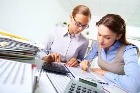 Economist Job Description Salary And Outlook Business