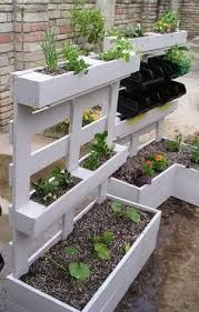 pallet building ideas. 46 genius pallet building ideas this would be great for a small veggie garden