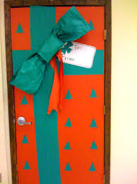 office christmas door decorating ideas. Christmas Door Decorations Happy Holidays Decorating Ideas For Office D