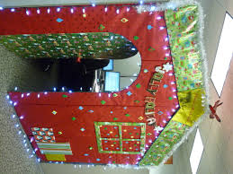 office decorating ideas for christmas. New Christmas Decorating Ideas For Office. View By Size: 4416x3312 Office C