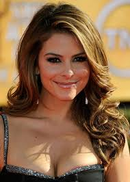 maria menounos hairstyles side parted waves
