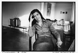 susan sontag explores the primitive and the modern in photography  susan sontag photo by jill krementz 18 1974