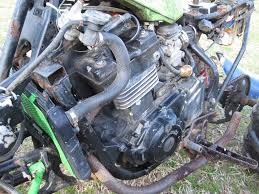 we need help with this bike because while we are all mechanically able for exle my friend did his 400ex big bore and cam job himself and is a sel