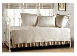 Surprising Daybed Bedding Durham Day Bed Quilt Set Daybed Bedding s & Full Size of :surprising Daybed Bedding Durham Day Bed Quilt Set Fabulous Daybed  Bedding 3jpgset ... Adamdwight.com