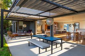 Indoor Outdoor Living indooroutdoor living an la ranch rehab by barbara bestor and 4625 by xevi.us