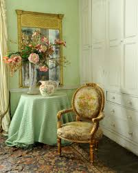 Different Types of Antique Chairs and How to Identify Them