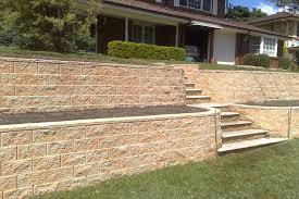 tasman retaining wall system in red rock