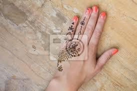 Fototapeta Henna Tetování Na ženských Rukou Mehndi Je Tradiční Indické