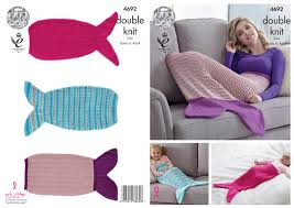 Mermaid Tail Blanket Knitting Pattern Stunning Mermaid Tail Blankets Knitting Pattern Knit Baby Adult Sizes King