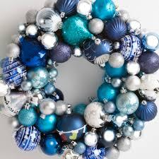 Blue/silver bauble wreath
