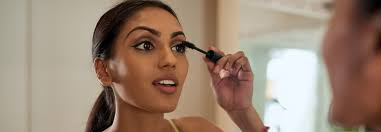 5 makeup tips to make your eyes appear smaller
