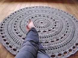 crochet rug pattern with fabric strips