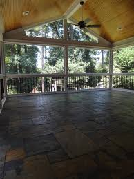 traditional deck in raleigh