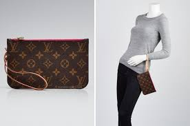 Louis Vuitton Size Chart Bag Neverfull Clutch Size Difference Guide Yoogis Closet Blog