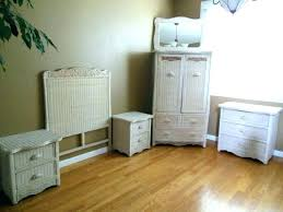 White Cane Bedroom Furniture Wicker Bedroom Furniture Pier One White ...