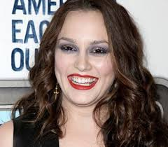 leighton meester most known for her role as gossip s blair waldorf is one gorgeous brunette however even bad makeup can be unflattering